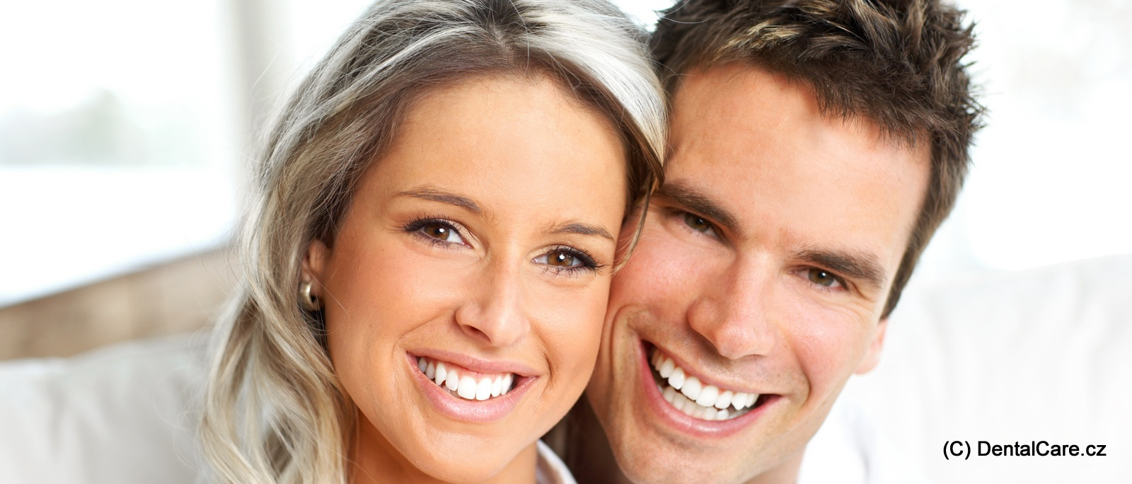 couple-smiling-horizontal